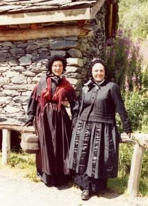 costumes Mado et Manu